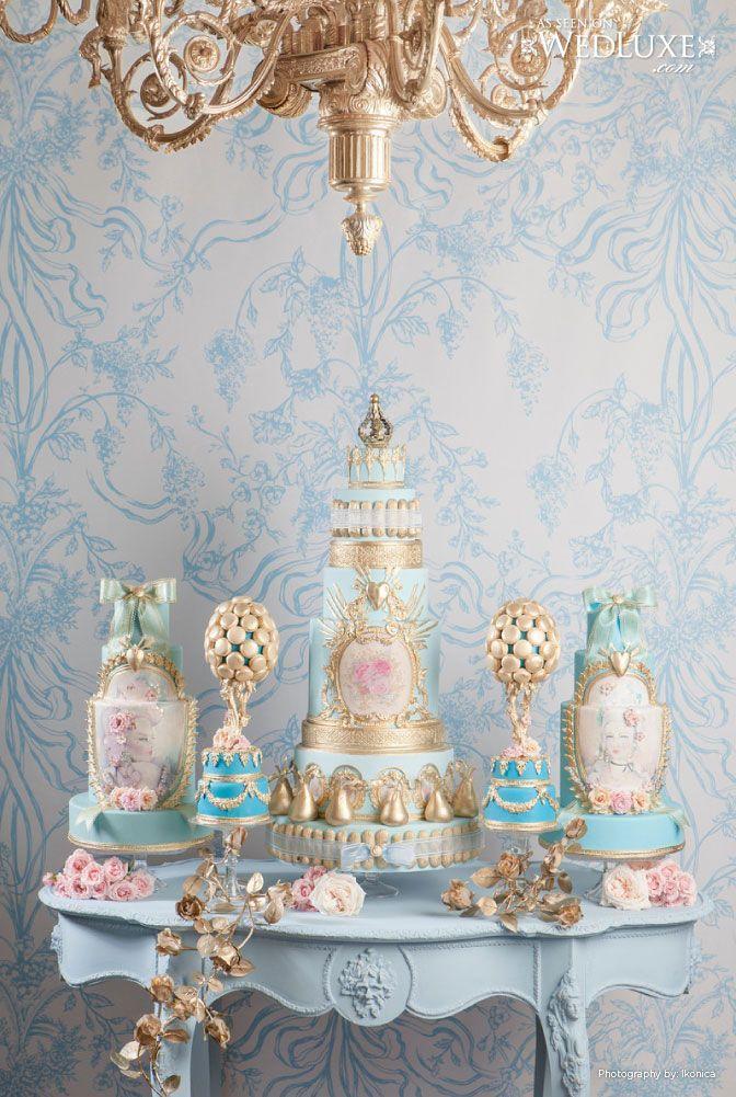 Mesa de doces com cores variadas porém no mesmo tom, cheia de estilo provençal.