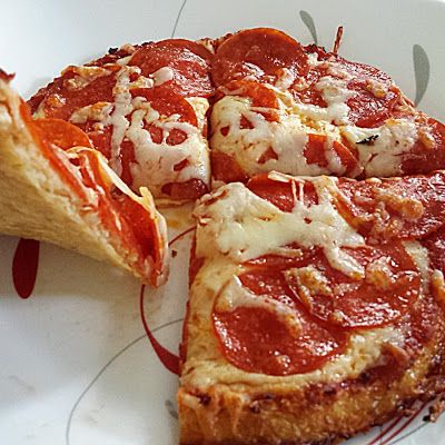 Cauliflower Parmesan Cheese Crust Pizza @keyingredient #cheese