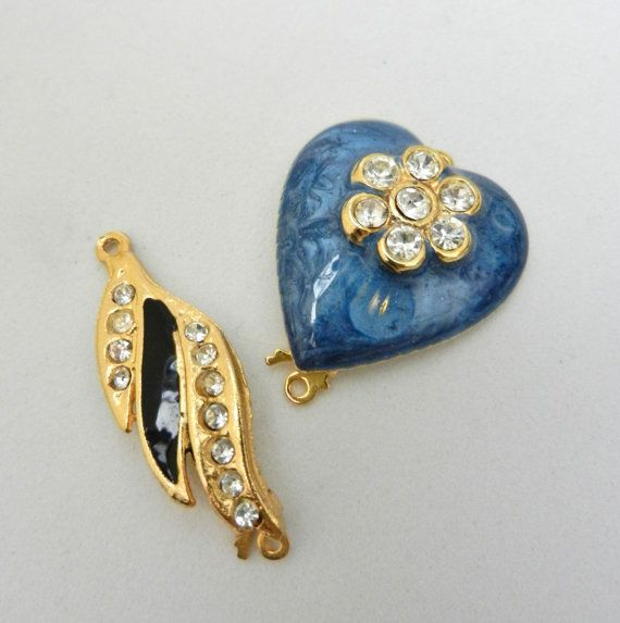 Clasps for Jewelry 1960 vintage  beautiful designs by RAKcreations