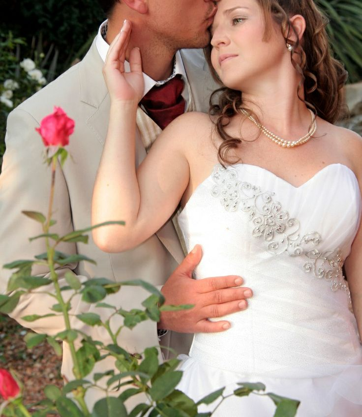 Are you getting married in South Africa between 1 June to 31 August 2014?  Or between 1 November 2014 to 31 January 2015?  Great, we will give you something special to make your wedding day even more special!  You get two photographers mmm..... That's not all; you also get a High quality wedding highlight video at no extra cost, your story to be captured on film by Herman van Deventer who is a well known freelance videographer. (his innovative work has over 1 million viewers on YouTube)