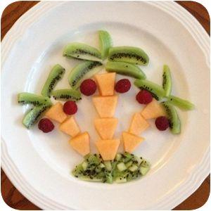 Melon kiwi palm tree No instructions, but cute idea.