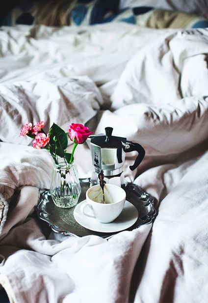 breakfast in bed with roses