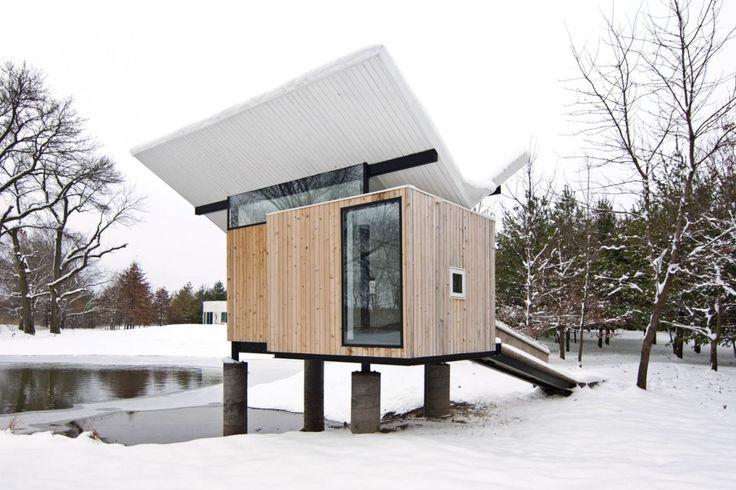 Meditation Hut / Jeffery S. Poss Architect