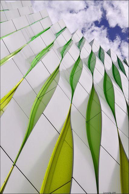 Research lab of The University Medical Center (UMCG), Groningen, Netherlands, by Ben van Berkel, UN Studio