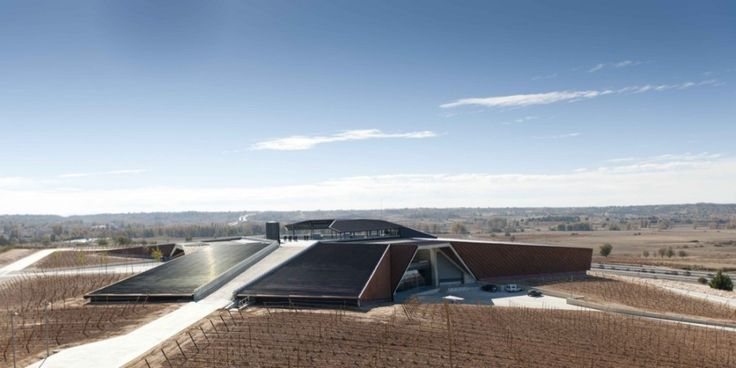Faustino Winery / Foster   Partners