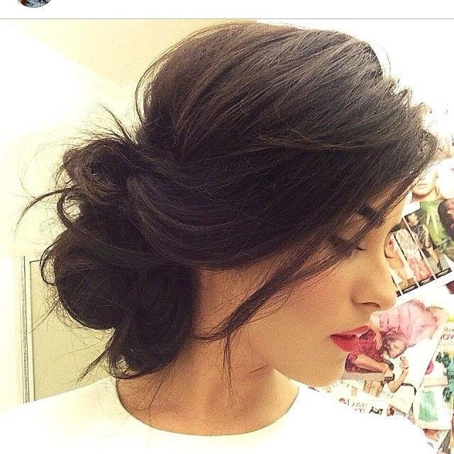 I'm just in love with this pretty hair updo