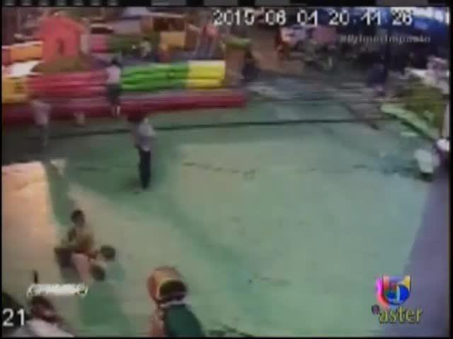 Salen A La Luz Video Donde Niña Cae Al Ser Elevada Por Un Castillo Inflable #Video