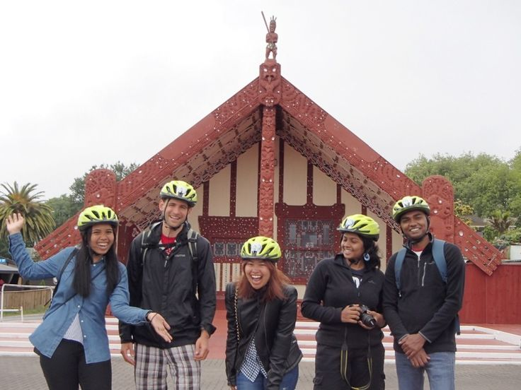 Experience Rotorua by Bike with Happy Ewe Sightseeing Tours. Rotorua's Happy Ewe Cycle Tours provide a guided biking adventure to 27 key points of interest around Rotorua which is renowned for its history, geothermal activity and cultural sights.   Cycle with one of the friendly team of Happy Ewe in a small, friendly personalised group on flat and easy cycle trails, making it perfect for all visitors