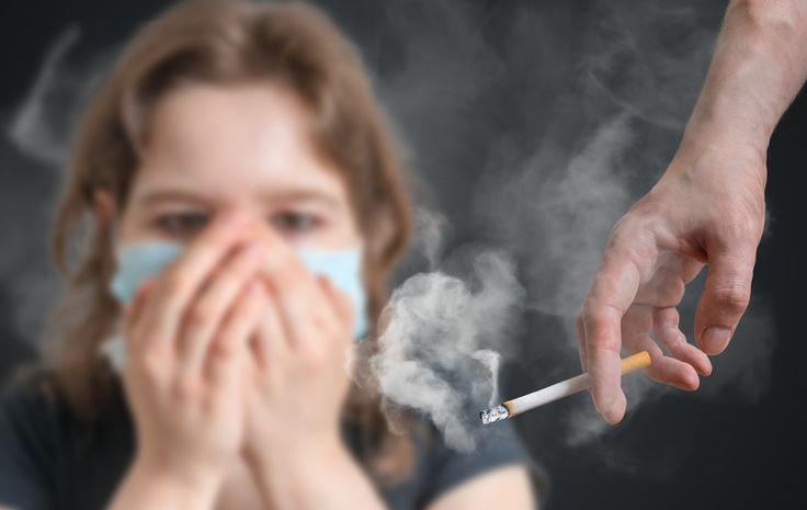 Un spray pour retirer l'odeur de tabac sur les tissus noté 3.57 - 7 votes Non contente de charger votre haleine, l'odeur de tabac se retrouve aussi sur les tissus environnants. Cela inclut bien évidemment les vêtements portés, mais aussi les canapés, fauteuils, vêtements qui traînent dans la maison, chiffons ou encore les couvertures. Pour...