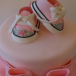@KatieSheaDesign Likes-->    love these little fondant shoes ♥