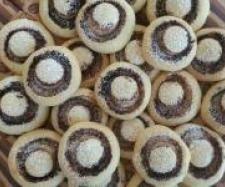 Rezept CHAMPIGNON-KEKSE (KEKSE SURPRISE) von Thermifee - Rezept der Kategorie Backen süß