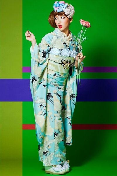 "These are ""retro"" furisode (young women's kimono) from a ""kimono princess"" collection sold by kimono shop Takazen."