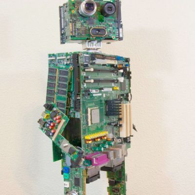 10 ingenious robots made from recycled