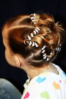 Star hair (http://www.girlydohairstyles.com/2009/07/sdawkcab.html): Kids Hair, Fourth Of July, Accessories Roundup, Happy Fourth, 4Th Of July, Hair Style, July 4Th, Hair Accessories, Girls Hair