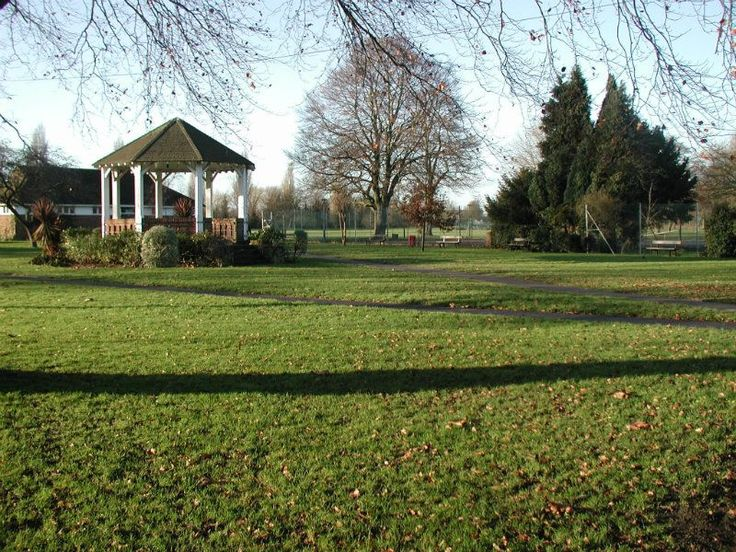 The Lammas Recreation Ground in Egham, Staines and Weybridge - Parks, Playgrounds and Woodlands - Netmums