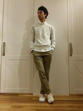 【メンズ】白セーターおすすめコーデ40選 一目置かれる着こなし術-カウモ