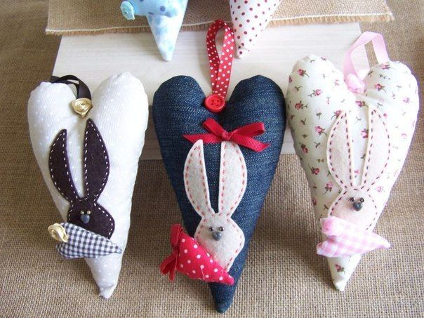 Сердечки на День святого Валентина. Мягкие игрушки
