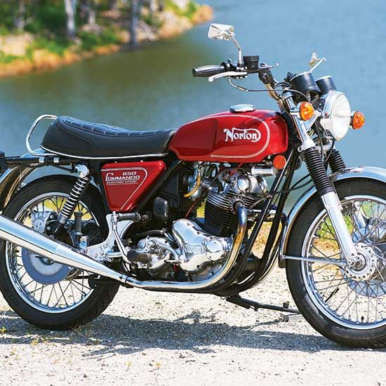 The Last Boy Scout: 1975 Norton Commando 850 Mark III - Classic British Motorcycles - Motorcycle Classics