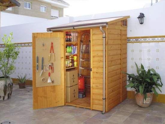 Bodegas para jard n bodegas de for Puertas de madera prefabricadas guatemala