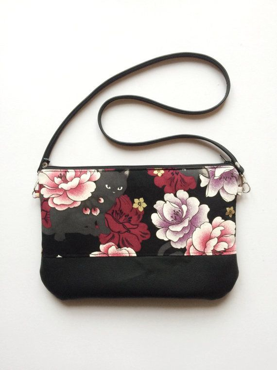 Pochette gatti e fiori, pochette a tracolla, borsa a tracolla, pochette con cerniera : Borse a tracolla di laurabags
