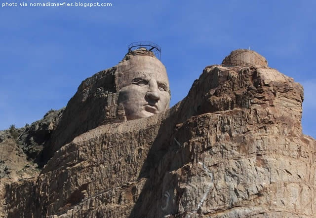 Crazy Horse Monument In South Dakota, USA - read more  http://destinations-for-travelers.blogspot.com.br/2013/02/crazyhorse-monument-in-southdakota-usa.html