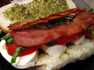 Caprese Sandwich with Bacon, nom nom nomGlorious Food, Food Glorious, Tomorrow Dinner, Favorite Places, Yummy Food, Name, Favorite Recipe, Favorite Food, Caprese Sandwiches