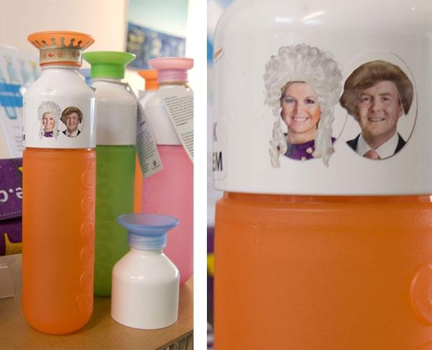 Nu een gratis setje stickers als je een oranje dopper koopt! #willemalexander #kroningsdag #maxima #beatrix