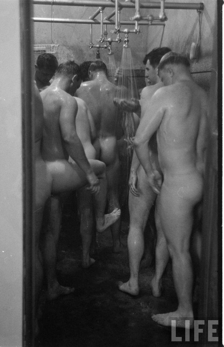 Naked Males In Lockerroom 25