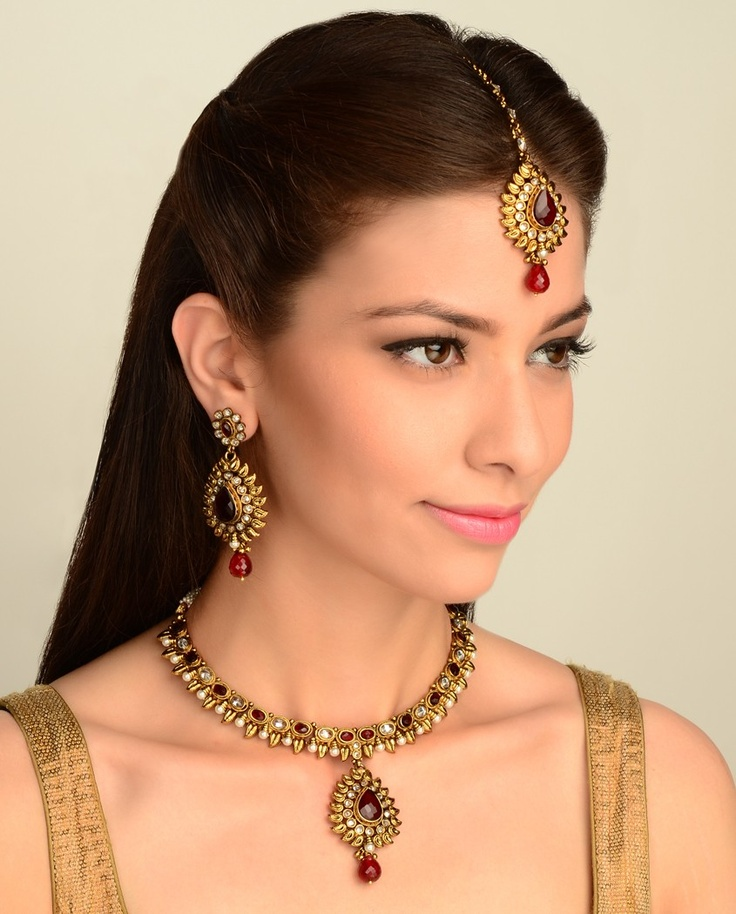 The Anamika Necklace Set
