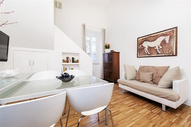 The Leda II Apartment in Rome up to 4 people from 100€/night!