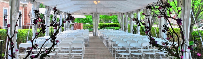 The Terrace Set For A Wedding At Community House Birmingham Mi