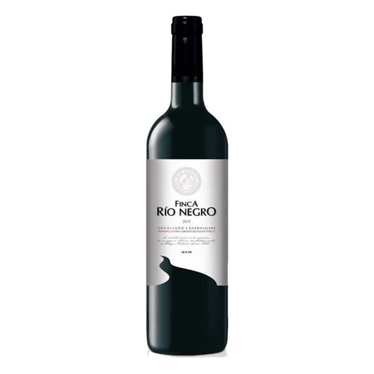 Vino Tinto Finca Río Negro. Bodega: Finca Río Negro. Vino de la Tierra de Castilla. Te lo llevamos de la bodega a casa sin intermediarios. #vino #VinoTinto #Cogolludo #Guadalajara #wine #VinodelaTierradeCastilla