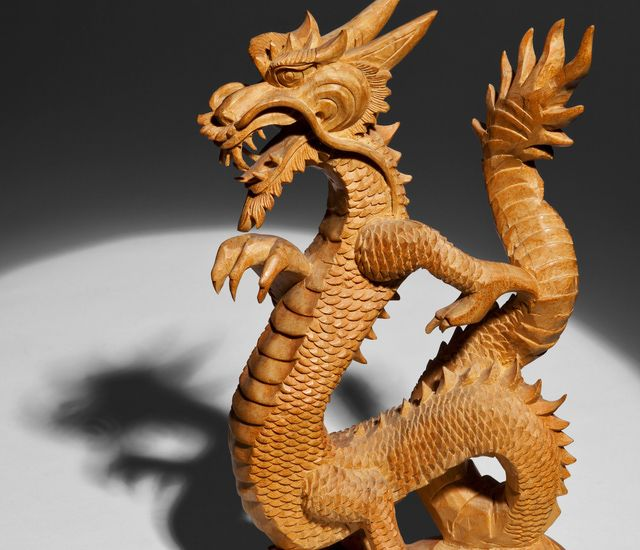 2015 west (((cure )))Use the Feng Shui Dragon Properly with This Guide: As a popular feng shui cure, dragons come in many sizes, colours, as well as various materials. Be sure to treat this powerful feng shui cure with respect;  place the dragon in the best feng shui location of your home or office.