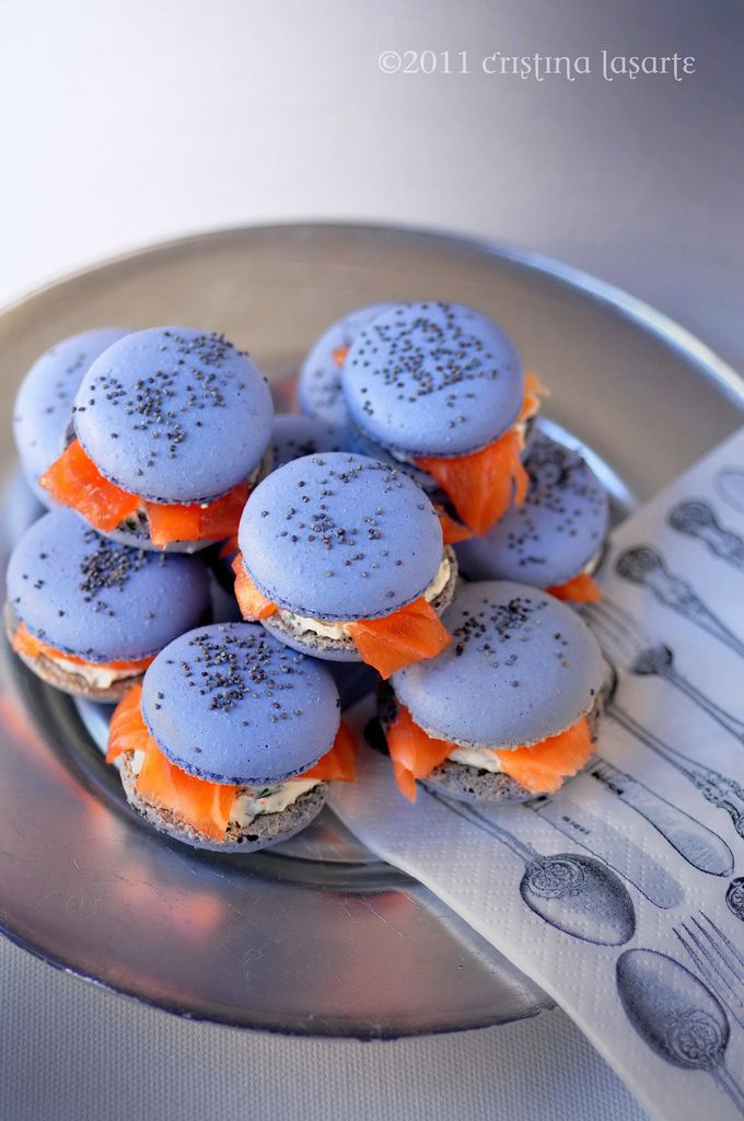 Taking this classic French sweet treat in a modern, savoury direction: Smoked salmon and poppy seed macarons. #food #salmon #macarons #appetizers