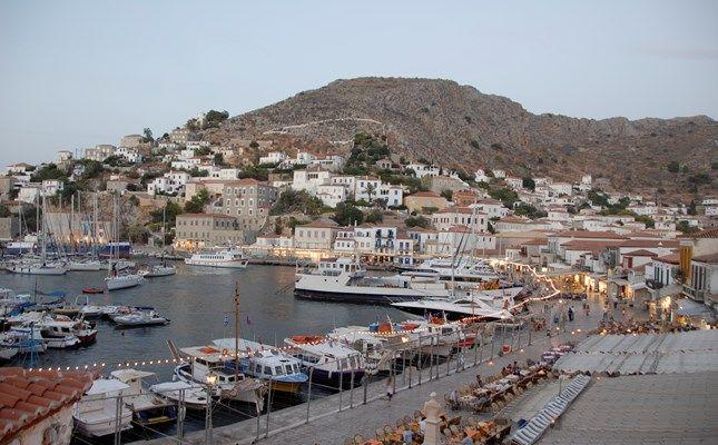 Λιμάνι Ύδρας http://diakopes.in.gr/the-experts-way-blog/article/?aid=209783 #hydra #island #greece #travel
