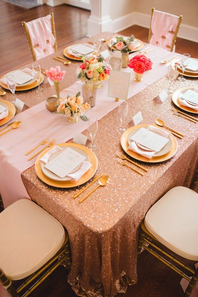 Modern Elegance with a Dash of Gold Wedding Inspiration ~ Alisha Rudd Photography | bellethemagazine.com