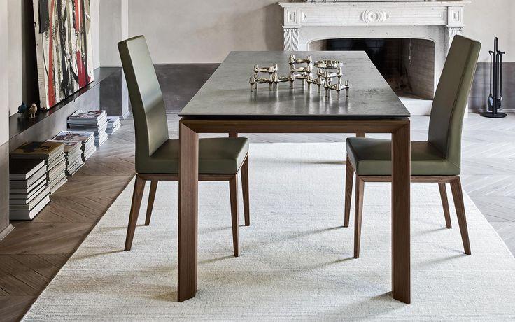 La silla Bess, de la firma Calligaris, tiene la elegancia y confort que tanto buscas.