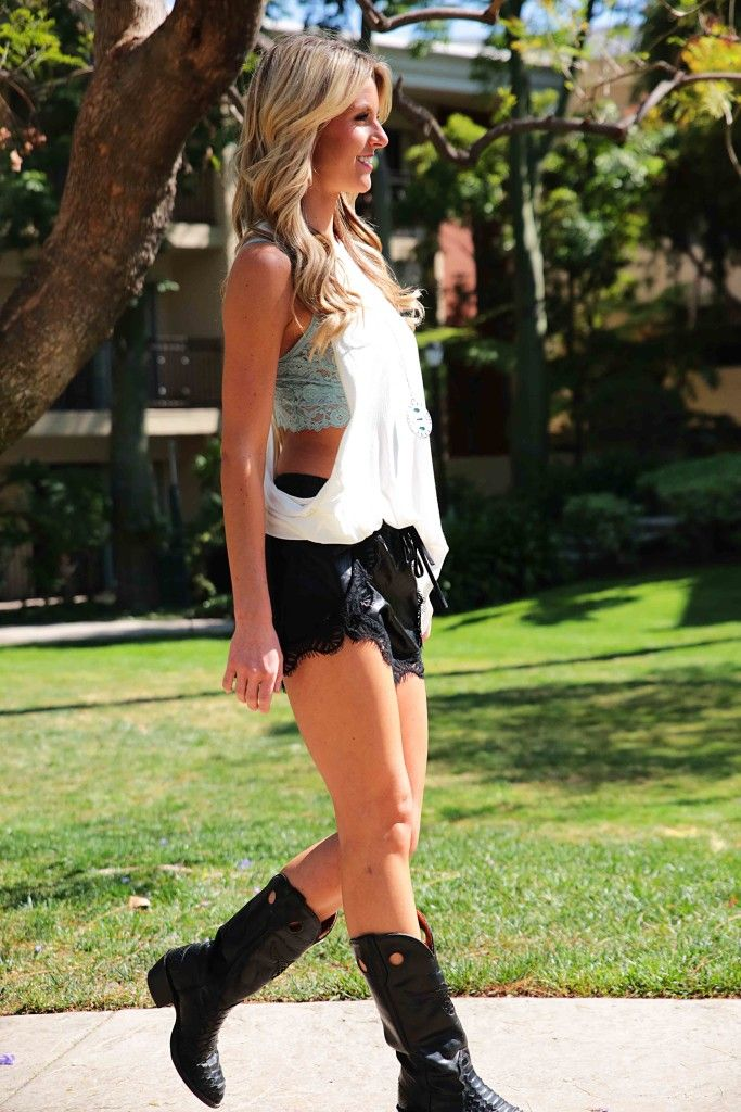 Shop Dixon Apparel - Totally Cute Stagecoach Music Festival Outfits