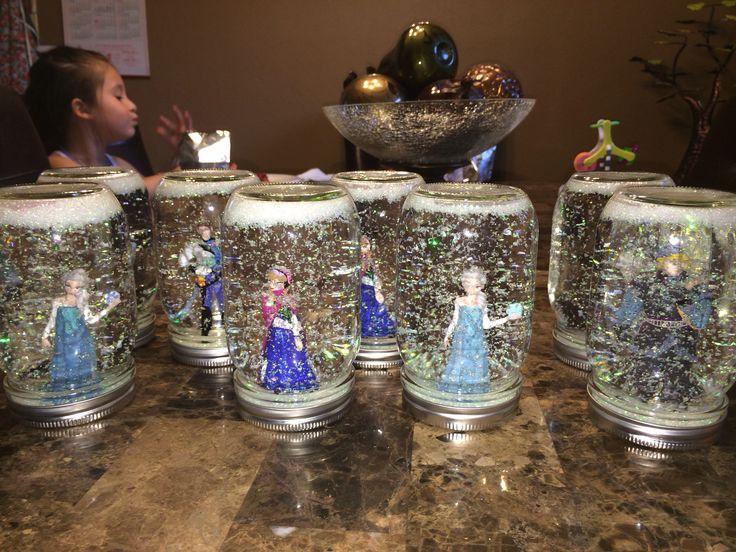 Disney Frozen snow globes! DIY How to make them found on my DIY board... Mason jars super fine glitter disney frozen figurines and 6 drops of glycerin!