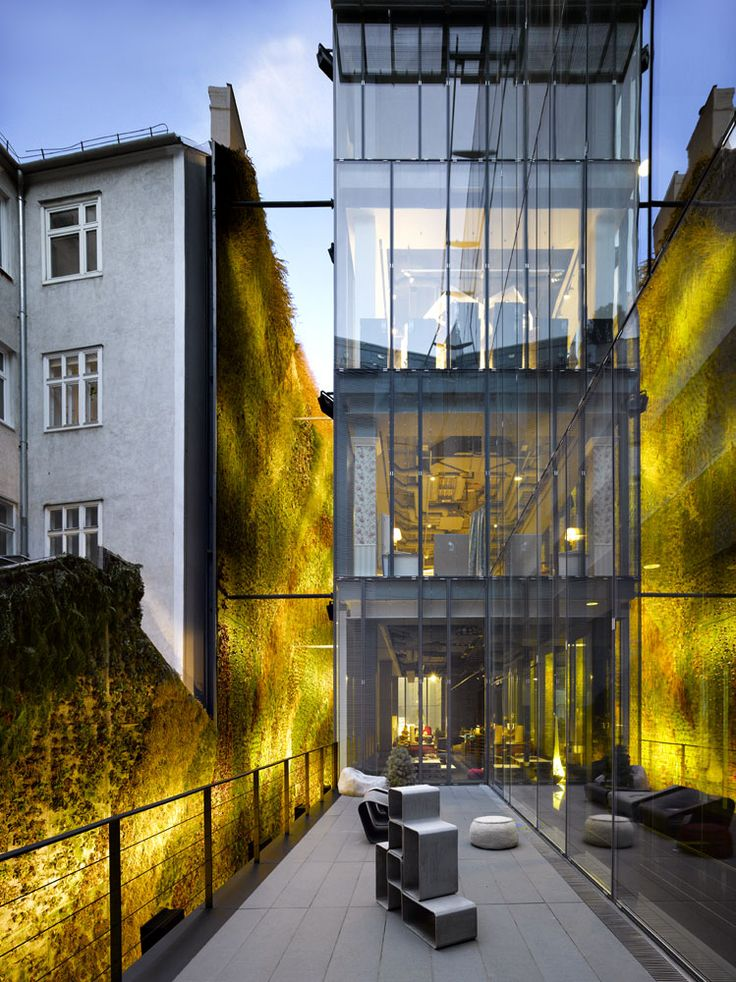 Hotel Sofitel in Vienna/Austria - Love the fluorescent lighting on the green-walls, makes it look like the grass has an inner glow