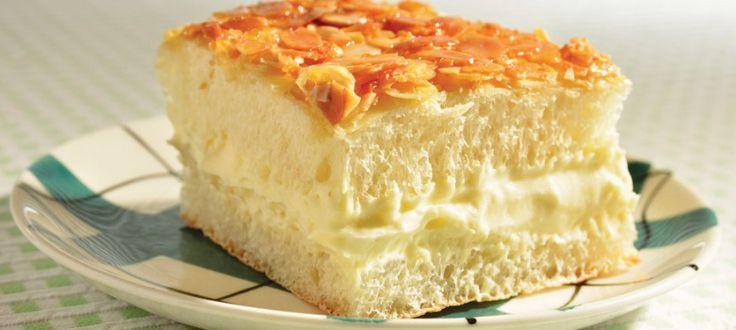 Bee Sting Cake by Baker/owner Andreas Ingenfeld of The Crusty Bun .....Bienenstich Recipe