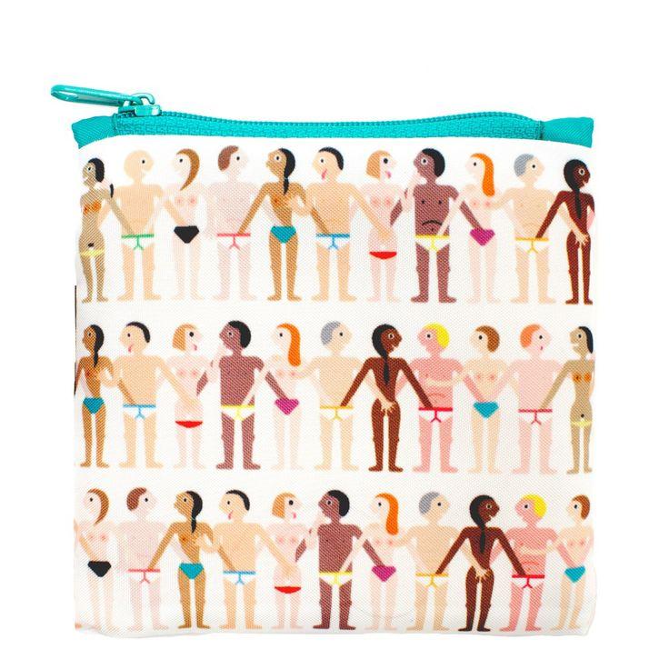Яркие и веселые сумки LOQI предназначены для отказа от использования одноразового пластика. Ведь зачем нужны пакеты, если всегда с вами красивая сумка-авоська! Она складывается в компактный чехол и занимает очень мало места, весит всего 55 граммов, легко раскладывается при необходимости. Можно носить покупки, пляжные принадлежности, обед с собой и много другое. Выдерживает до 20 кг! Длина ручек позволяет носить ее как на плече, так и в руке.<br /> Забота об экологии: средний срок службы…