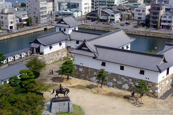 Lovely view down on parts of Imabari Castle in Ehime Prefecture (Shikoku): http://zoomingjapan.com/travel/imabari-castle/