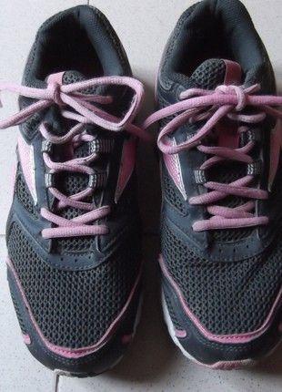 À vendre sur #vintedfrance ! http://www.vinted.fr/chaussures-femmes/baskets/54797708-superbe-baskets-reebok-running-noire