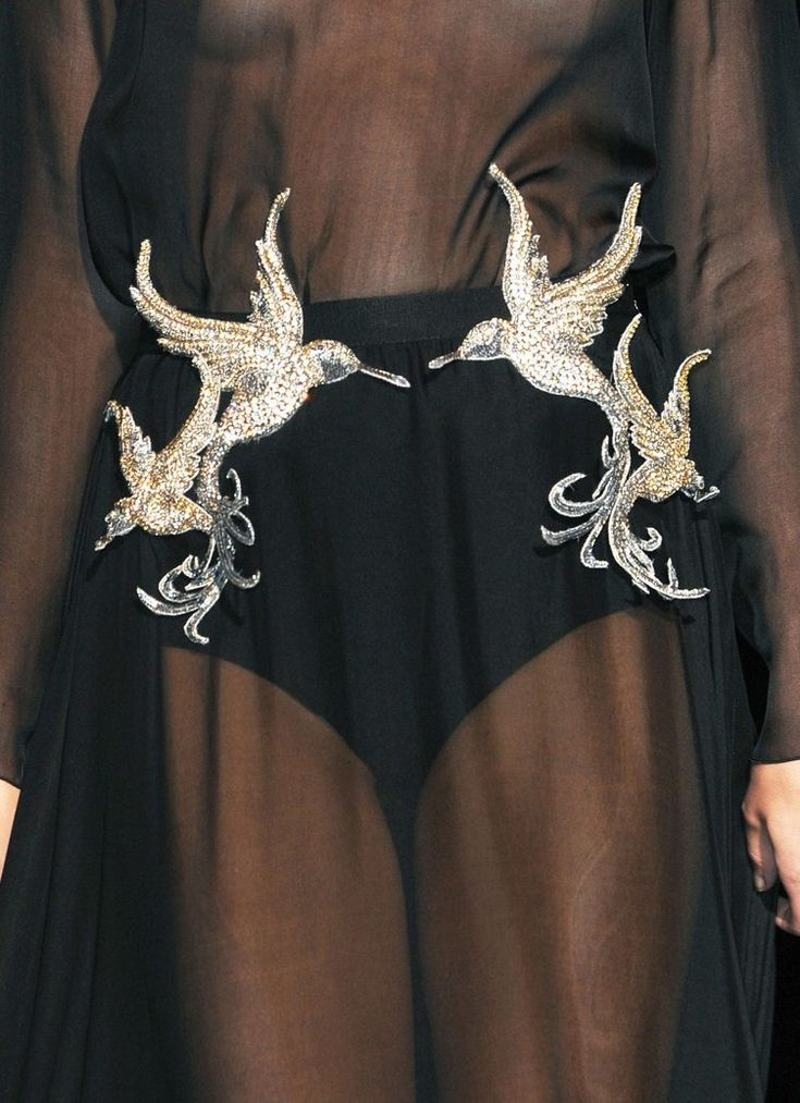dark-runway:  crystuls:  wink-smile-pout:  Francesco Scognamiglio Spring 2013 Details   MORE FASHION HERE!  DARK FASHION