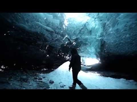 Islands Eishöhlen: Dieses Naturwunder lässt sich nur im Winter erleben | traveLink.