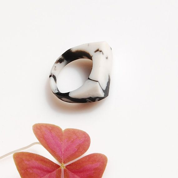 Marble Ring / size US 675 by Monopolka on Etsy