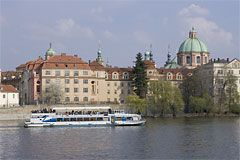 Prague River Cruises - Dinner Cruise and Lunch Cruises