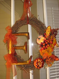 cute wreathHoliday Ideas, Challenges Projects, Pinterest Challenges, Beautiful Fall, Canvas, Cute Wreaths, Fall Wreaths, Yellow House, Holiday Decor