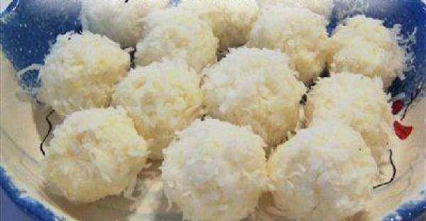 4 Ingredient No Bake Snowball Cookies